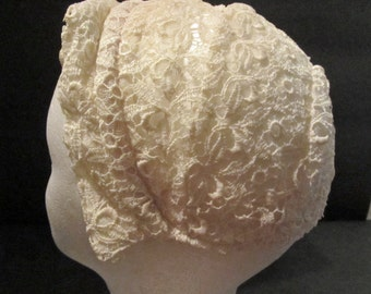 Beautiful cream Lace Bonnet Vintage Baptismal Bonnet