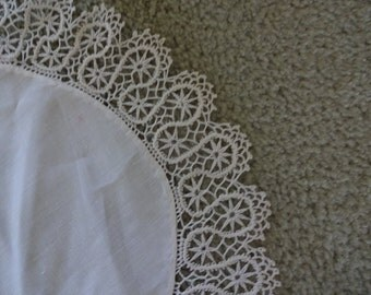 free ship 3 doilies Hand Made vintage white, 2 1/8 inch gorgeous lace, hand made lace edge