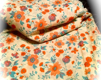 Retro Fabric / Almost 10 Yards / Orange Floral Fabric / Vintage Cotton Material / 70s Flower Material / Sewing Supplies / Craft Supplies