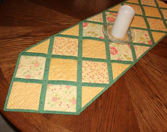Yellow Quilted Table Runner, Butter Yellow and Green Table Topper Quilt, Floral Table Runner, Breakfast Table