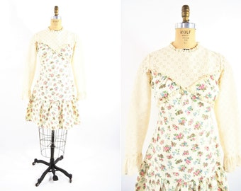 1960s dress vintage 60s lace floral Vicky Vaughn silhouette mini dress S