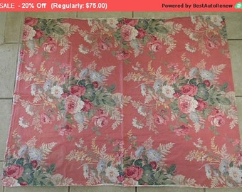 Vintage Barkcloth Fabric Boudoir Roses