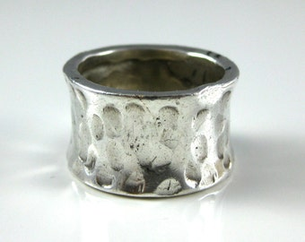 Ring, Size 6.25, Sterling Silver, Hammered Texture Silver, Thick Sterling Ring Band, Wide Ring Band, Vintage Silver 925 Ring