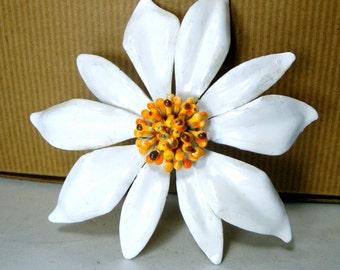 Giant White Flower Brooch, 1960s, Baked Enamel on Metal, Marigold Flower Power Pistils Pin