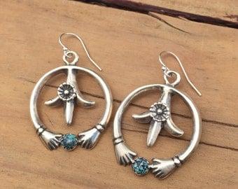 EN5 Sterling Silver Naja Hands Holding Turquoise  Earrings Southwestern Native Santa Fe Tufa Cast Style Boho