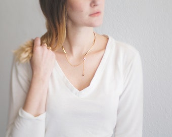 Thin Brass Collar. Golden Brass. Thin Wire Collar. Choker. Modern and Minimal. Simple and Chic. 2 in 1. Adjustable Collar. Hammered Brass.