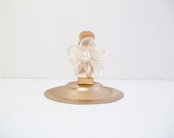 Gold Place Card Holder Set of 12 Painted Stainless Steel Spring Clip with Ivory Pearl Ribbon Flower, Place Card Holder
