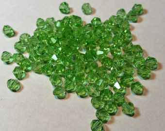Bicone Crystals / 4mm - (100 Beads) - Peridot