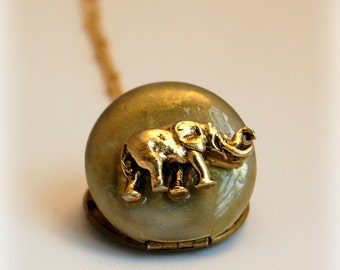 Vintage Locket Necklace Elephant Mounted Animal Jewelry Necklace Brass Gold Unique Gifts Gold Elephants Symbol of Strength Unusual Custom
