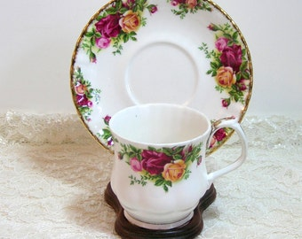 Royal Albert Old Country Roses Teacup And Saucer