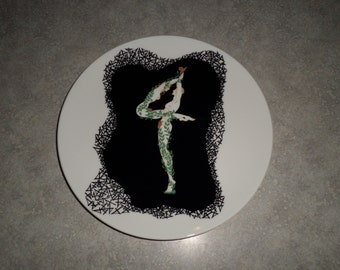 Erte fine bone china Numerals PLATE number 4 dancing nude woman & man couple