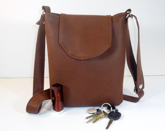 Purse Small Brown Suede-Like Vinyl Soft Pockets Magnetic Snap Adjustable Strap