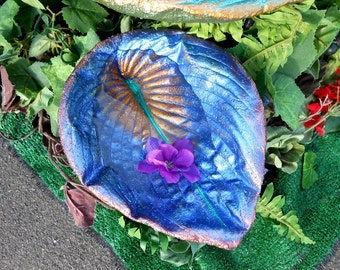 """BLUE and BERRY birdie spa for Mom's garden - concrete leaf birdbath on a pole - cast from a LIVE Hosta leaf in cement - Leaf 6515, 9hx7h"""""""