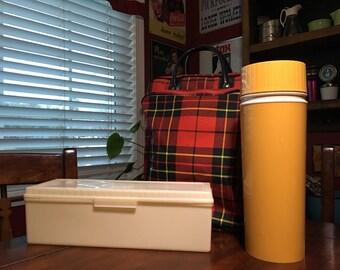 Vintage Thermos Set...