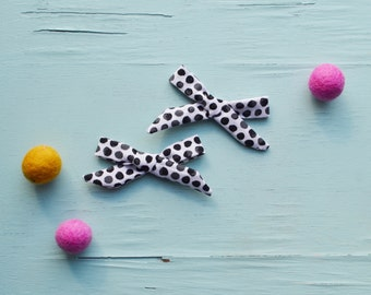 3 inch Mini Watercolor black and white dot Hand-tied Simple Fabric Bow Nylon Elastic or Alligator Clip