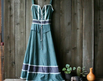 Vintage Gunne Sax Midi Dress Bohemian Fashion in Navy Green and White Plaid Vintage From Nowvintage on etsy