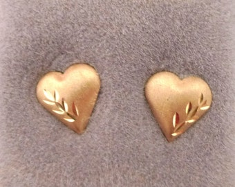 NOS Vintage 80s Puffy Heart 14K Yellow Gold Earrings Brushed Etched Jewelry Totes Retro Boho Chic Fun Fashion Never Used 14 karat Domed <3