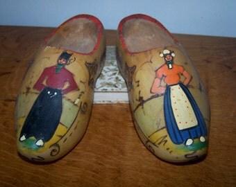 Wooden Dutch Shoes, Wooden Clogs, Scandinavian Design, Dutch Couple, Wood Shoes, Dutch Man Woman, Carved Wood, Hand Painted, Cottage Decor