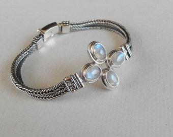 Balinese sterling Silver Bracelet Moonstone cabochon gemstones / Silver 925 / Bali handmade jewelry