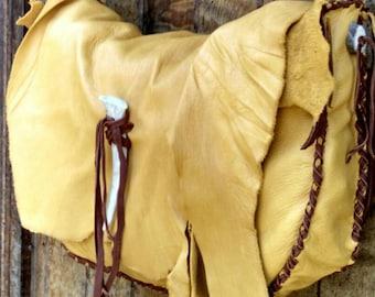 Buckskin Messenger Bag