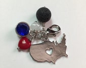 "Pretty Diffuser Badge Holder Charm - ""I love the USA"""