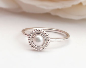 Sterling Silver 925 pearl Ring ,small ring,unique design, handmade, contemporary, Hammered.