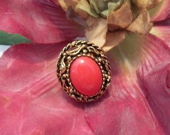 Gorgeous Oval Cut Large Faux Coral Antiqued Goldtone Ring - Womens - Jewelry - Vintage
