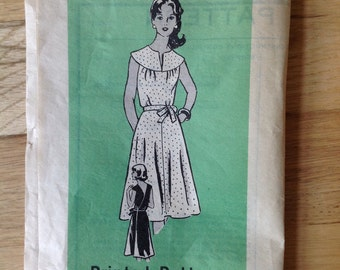 Vintage Misses Dress Marian Martin Sewing Pattern 9492 Size 16