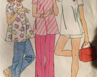 Vintage 70s Simplicity 6361 Maternity Top, Pants and Shorts - size 14