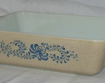 Pyrex Glass Homestead Casserole Dish 503