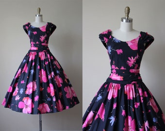 80s Dress - Vintage 1980s does 1950s Dress - Black Pink Floral Cotton Full Skirt Garden Party Sundress XS S - Laura Ashley Dress