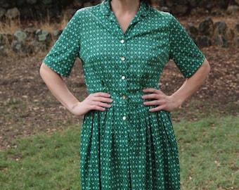 PEAR BERRY - 1950s 50s Shelton Stroller Nylon Day Dress Shirtwaist Mid Century Mad Men Abstract Geometric Modern Pockets Collar Retro Med L