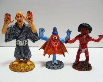 Youkai Miniatures Set(Te-no-me,Kasa-Obake,Aka-name)