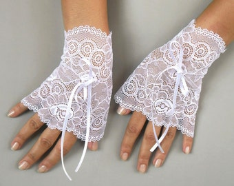 Lace Wrist Cuffs, White Bridal Fingerless Gloves, White Elastic Lace, Romantic Wedding, Spring Wedding