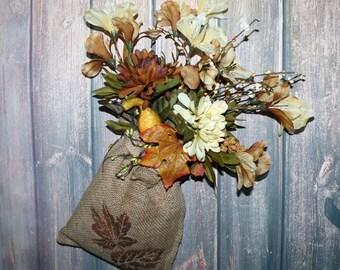 Autumn Burlap Wreath, Halloween Wall Decor, Burlap Flower Arrangement, Burlap Bag, Thanksgiving Decor, Front Door Decor, Burlap Wall Decor