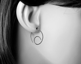 Dark Silver Hoops, Modern Hoop Earrings, Swirl Earrings, Oxidized Sterling Silver Earrings, Minimalist Earrings, Oxidized Wire Earrings