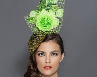 Peacock fascinator, Green cocktail hat, Spring derby hat, Kentucky derby fascinator, Green Derby hat