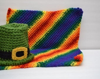 Newborn Leprechaun Hat & Rainbow Blanket