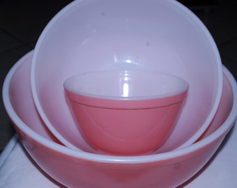 Pink Pyrex Flamingo Nesting Mixing Bowls - Retro Mid Century Modern - 400 Series 401 402 403