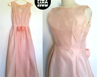 Pastel Pink Vintage 60s Long Fancy Party Dress with Rosettes!