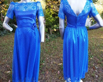 Sale 30% OFF 70s Bridesmaid Dress in Blue Lace, Vintage Prom Dress,  70s Dress,  70s Prom Dress,  70s Costume Size 4
