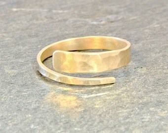 Modern Gold Bypass Ring with Hammered Texture - 14k Solid Yellow Gold RG404