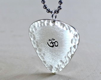 Sterling silver Om guitar pick necklace with hammered borders and yoga inspiration - Solid 925 NL743