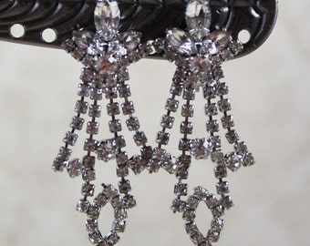 Vintage Clear Rhinestone Silver Dangling Clip On Earrings