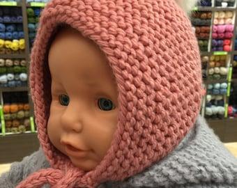 Bonnet bébé rose (Style béguin)