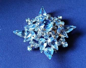Vintage Costume Jewelry - Blue Aquamarine Rhinestone and Silver Brooch