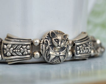 VINTAGE FIND sterling silver cat locket charm bracelet