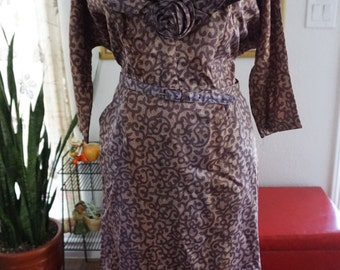 Vintage 1950s plus size dress w/ matching belt
