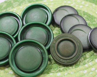 Green Plastic Buttons 10 Large Green Coat Buttons
