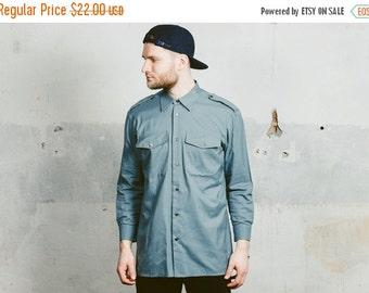 SALE . 80s Grey Military Shirt . Vintage Mens ARMY Shirt 1980s Casual Wear Boyfriend Gift . size Medium Large